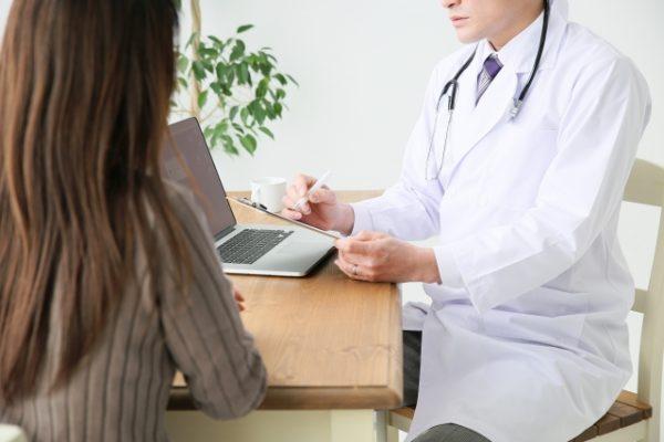 診療録への記載要件をまとめた【精神科専門療法・処置・手術・麻酔・放射線治療】